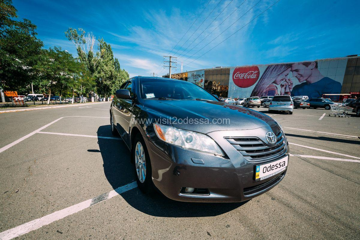 Taxi transfer from Odessa airport at any time, day and night.