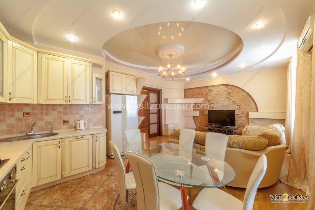 Rent 4 bedroom Arcadia Odessa apartment