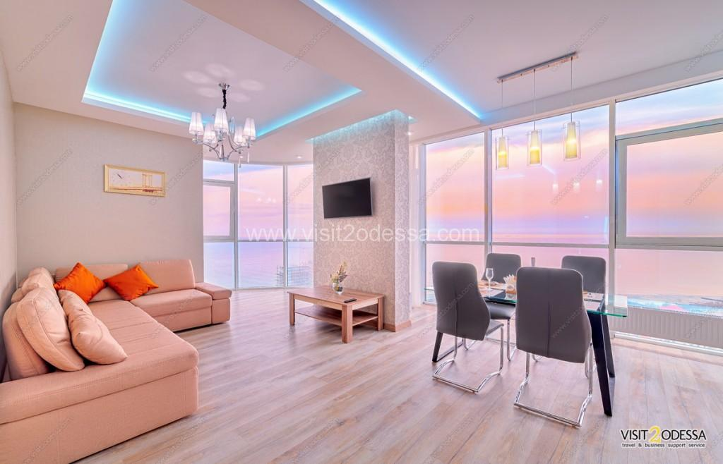 2 bedroom flat near Odessa beach, for rent.