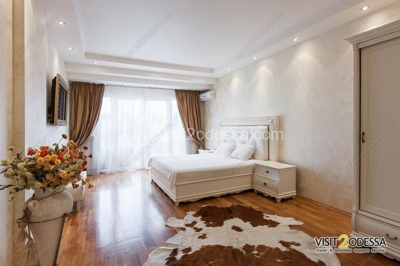 Luxury 3 bedroom apartment Odessa, with sea view.