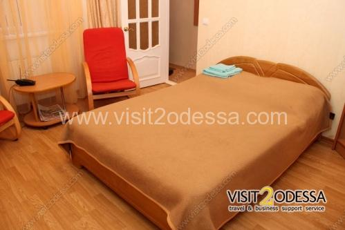1 Bedroom apartment, with a double bed in Odessa