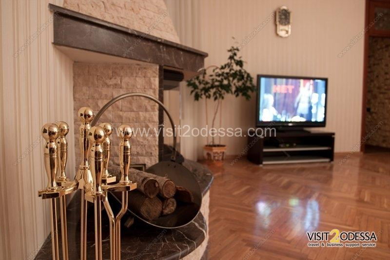 2 bedroom apartment in Odessa with a fireplace