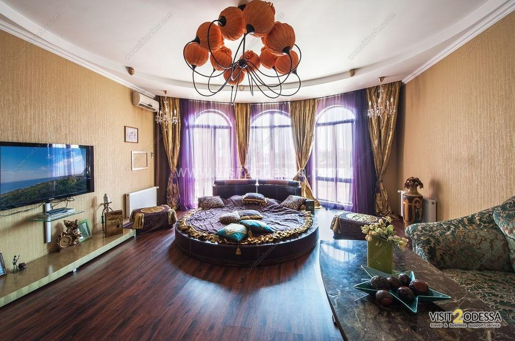 Rent luxury apartment in Odessa, 2 separate bedroom and 2 bed