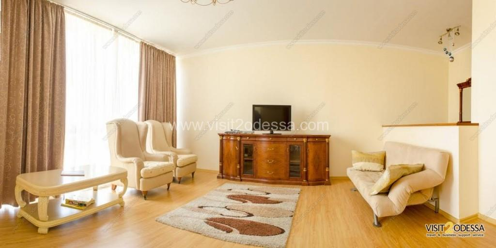 3 bedroom apartment downtown Odessa Ukraine.