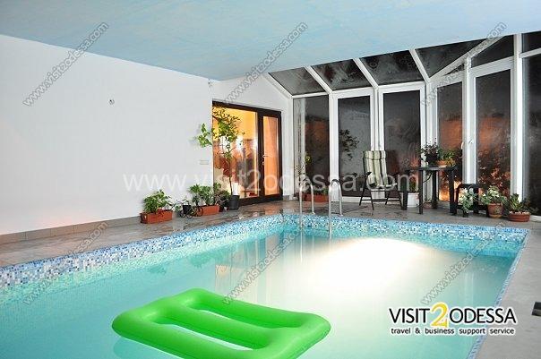 Villa house in Arcadia Odessa, indoors - the pool.
