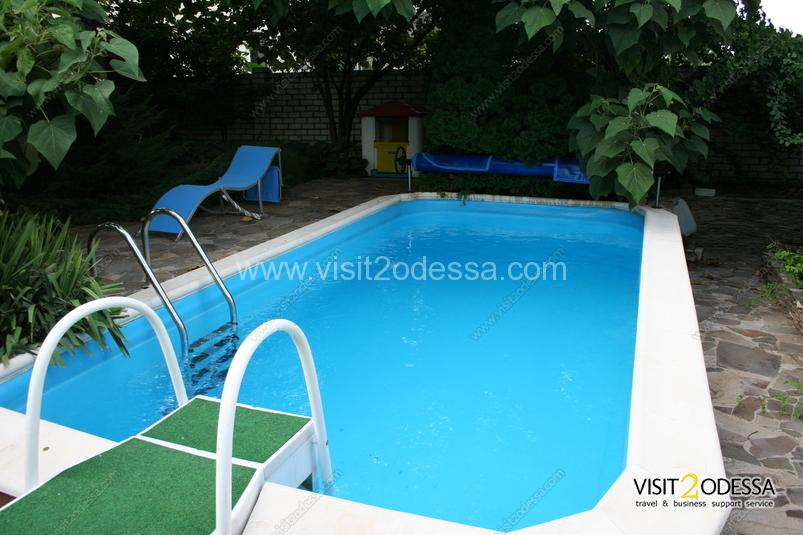 Rent Villa with pool in a house yard, in Arcadia Odessa.