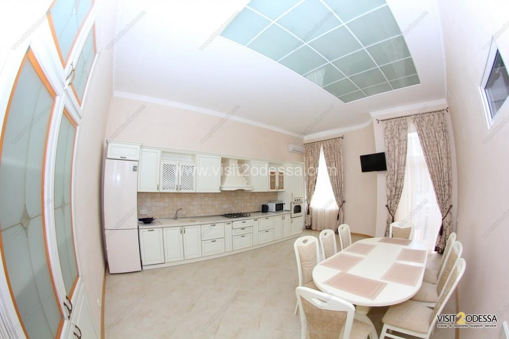Big 4 bedroom odessa apartment for rent