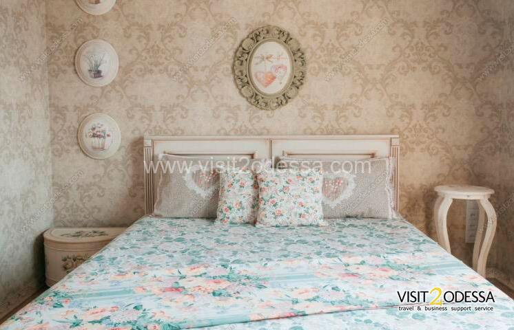 Apartment with two bedrooms, in the Historical center of Odessa.