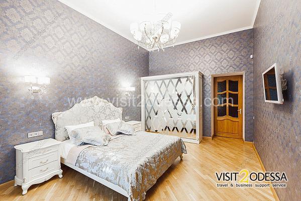 Daily rent new 2 bedroom apartment Odessa Ukraine