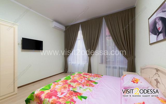 New 2 bedroom apartment in Odessa, city center, Pushkins'ka St, 16