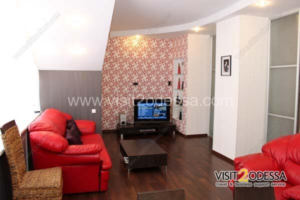 The room for guests, Odessa apartment rent with all conveniences.